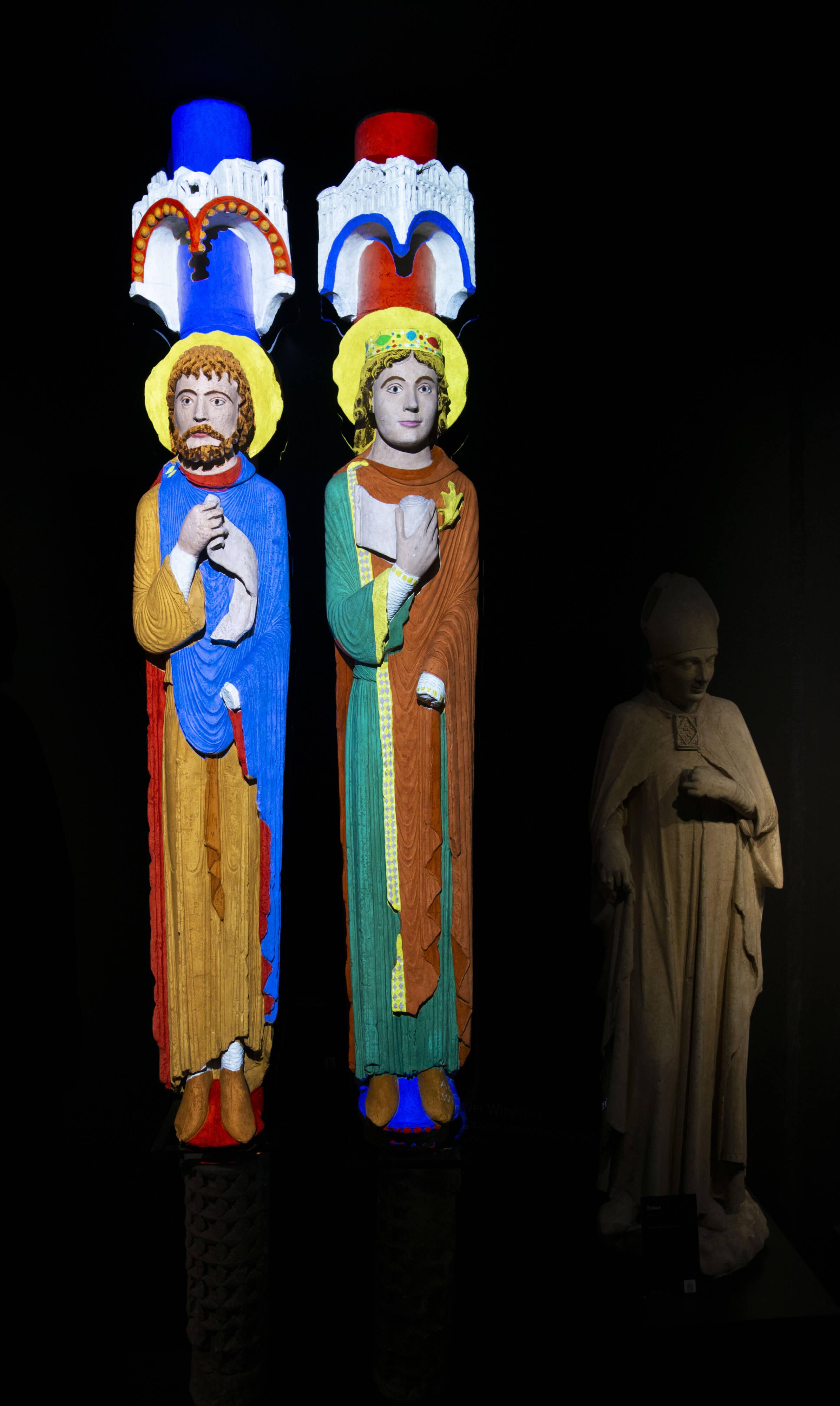 Statues-colonnes