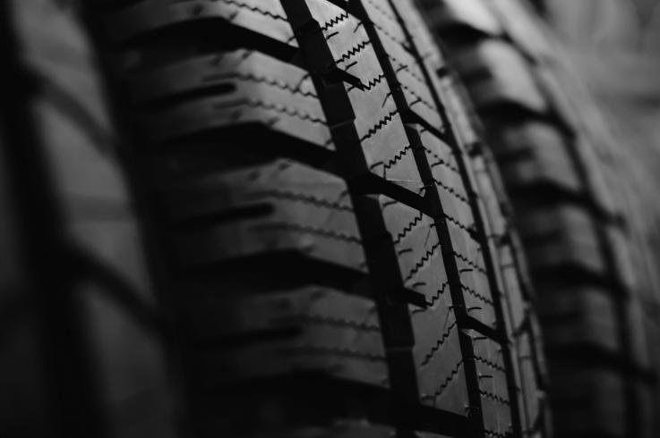 Le silicate de sodium pour des pneus écolo