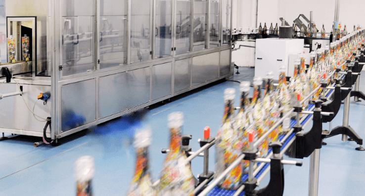 Test en direct pour valider la capacité de rétraction sur bouteilles des emballages Sleeve rétractables