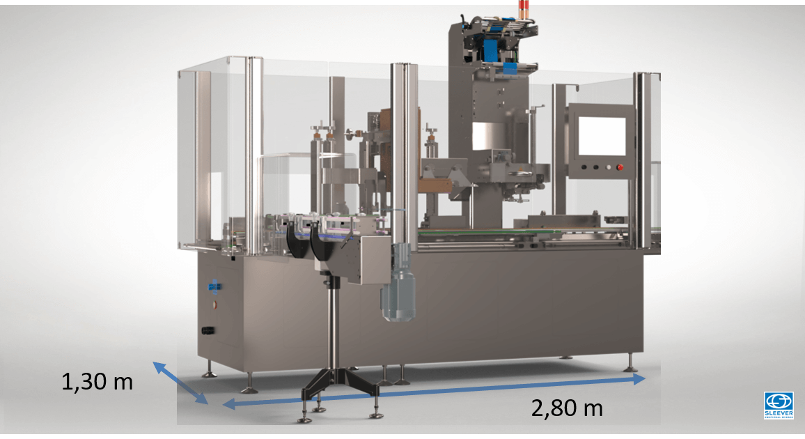 Compact packaging machine for an optimized floor space